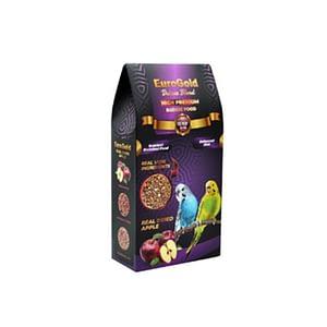 EuroGold Deluxe Muhabbet Yemi EuroGold Deluxe Blend Gerçek Elmalı Premium Muhabbet Yemi Muhabbet kuşları doğal ortamlarında tohumlar ile beslenirler, EuroGold Deluxe Blend Budge Food Premium muhabbet yemi özenle seçilmiş tohumlardan tozsuz olarak hazırlanıp paketlenmiş olup muhabbet kuşları için, renkli tohum ve tahıllardan oluşan, her türlü vitamin ve minarelleri içeriğinde bulunduran, %100 doğal, karışık yemdir. * İnsan gıdasına uygun kurutulmuş elma parçacıkları kullanılmıştır. * Özel içeriği tüylerin parlak ve sağlıklı olmasını sağlar. * Kuşunuzun hayat kalitesini artıran tüm besinsel değerlere sahiptir. * Tozsuz 1.sınıf tohumlar kullanılmıştır. * Lif bakımından zengin olup bağırsak florasına uygundur. * Özel teknikle oksijeni alınarak paketlendiğinden tazeligini ve lezzetini son kullanma tarihine kadar koruyabilir. Yemin İçeriği Sarı darı, kırmızı darı, ak darı , siyah darı, aspir, aspur, kenevir, kurutulmuş elma parçacıkları, vitaminler ve minareller.
